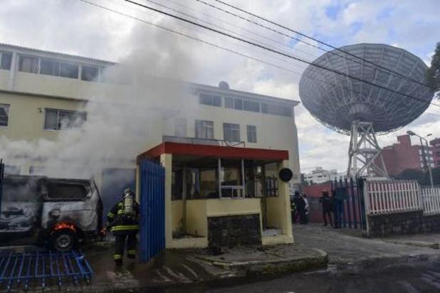 Protesten Ecuador - Gebouwen van televisiezender en krant aangevallen door manifestanten in Quito