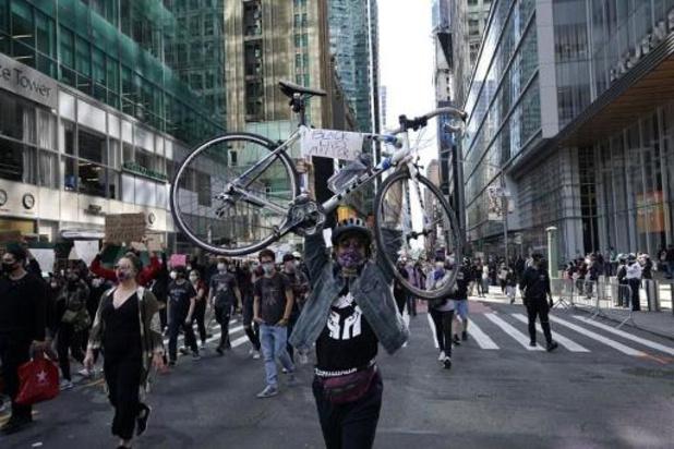 Politiegeweld tegen zwarte Amerikanen - Ook New York voert avondklok in