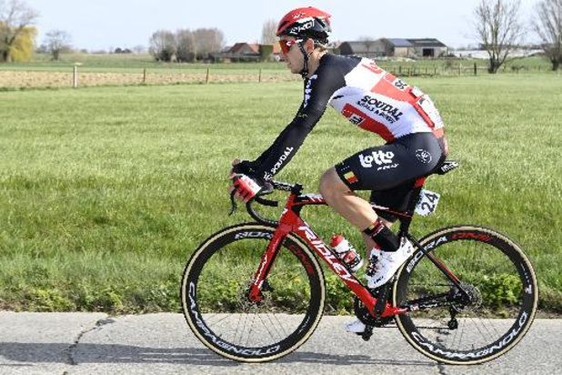 Jasper De Buyst kampt met hevige rugpijn maar hoopt toch te starten in de Ronde