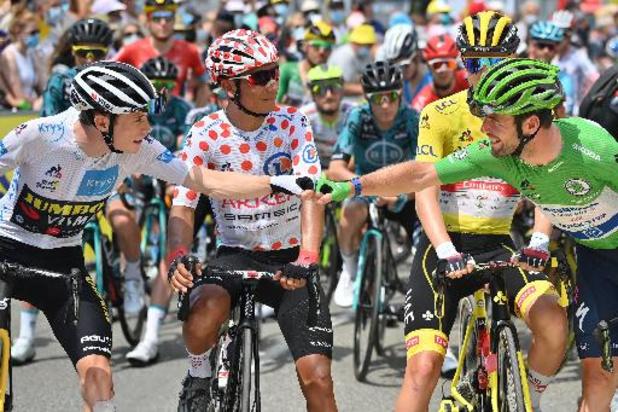 Tour de France: un peloton réduit à 149 unités s'est élancé pour une 14e étape favorable aux baroudeurs