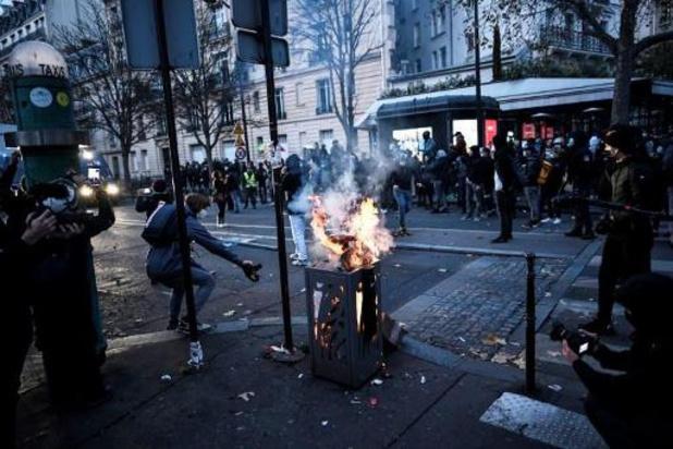"""Incidents à Paris à la fin de la manifestation contre """"la sécurité globale"""""""