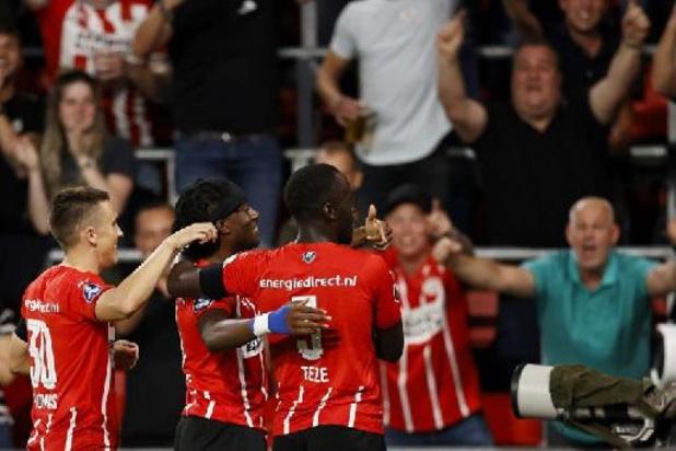 Belgen in het buitenland - Twee doelpunten van Cyril Ngonge volstaan niet voor Groningen uit bij PSV