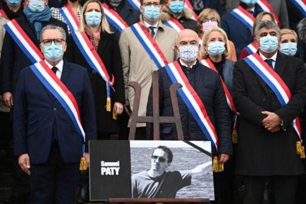 """Les collègues de Samuel Paty dénoncent """"l'impact des réseaux sociaux"""""""
