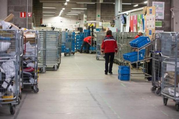 Un afflux massif de colis conduit bpost à conclure des accords avec les entreprises