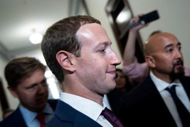 """Zuckerberg prêt à """"aller au combat"""" pour éviter le démantèlement de Facebook"""