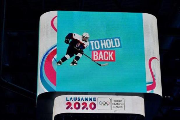 Anke Steeno verovert goud in ijshockey op Jeugd Olympische Winterspelen