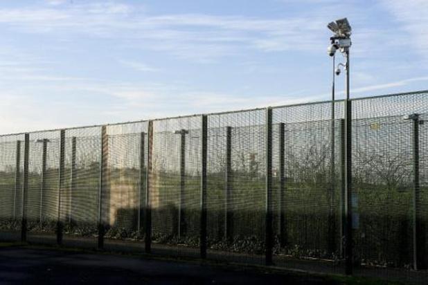 L'enfermement de tous les demandeurs d'asile coûterait 3 milliards d'euros