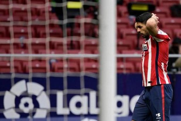 Belgen in het buitenland - Leider Atlético, zonder geblesseerde Carrasco, gaat onderuit tegen Levante