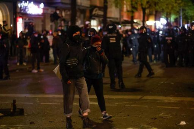 1 mei: Duitse politie pakt 240 manifestanten op in Berlijn