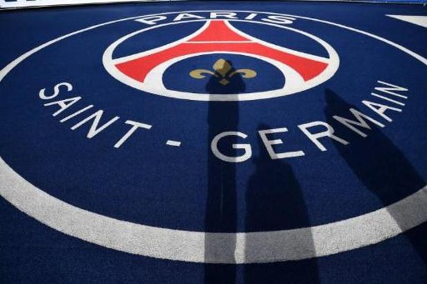 La Ligue française de football vote la fin de la saison en Ligue 1, le PSG champion