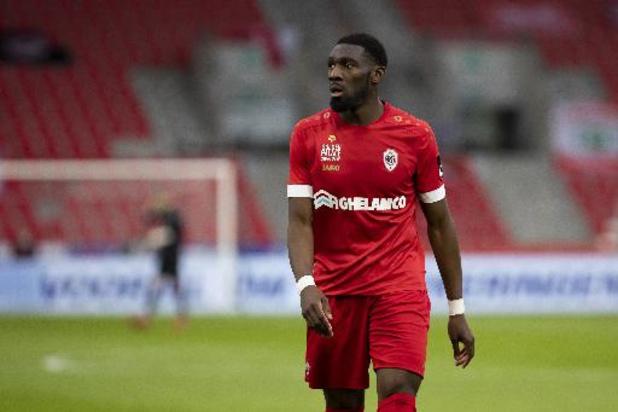Jupiler Pro League - Dylan Batubinsika verlaat Antwerp voor Portugese Famalicao