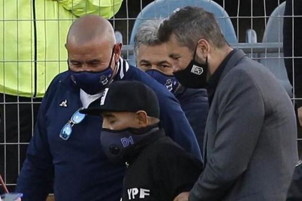 Gimnasia La Plata schenkt Maradona met competitiezege mooi verjaardagscadeau