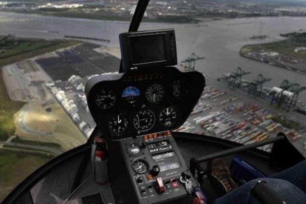 Les suspects du détournement d'un hélicoptère toujours en fuite
