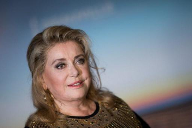 "Catherine Deneuve ""se repose"""
