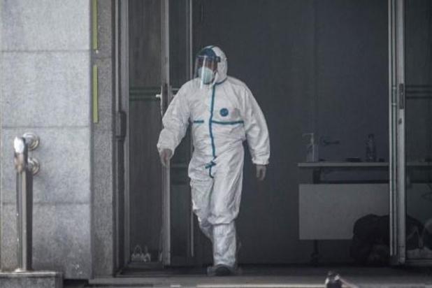 China meldt vierhonderdste besmetting met coronavirus, WHO houdt spoedberaad