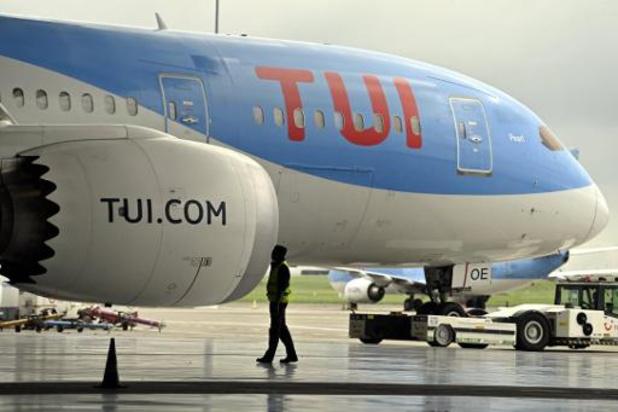 TUI vliegt met lege vliegtuigen tussen Eindhoven en Schiphol
