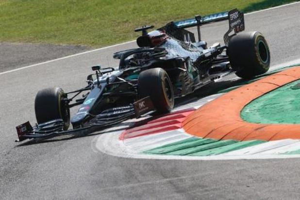 Hamilton is de snelste in tweede vrije oefensessie