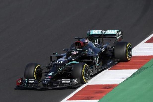Lewis Hamilton verovert polepositie