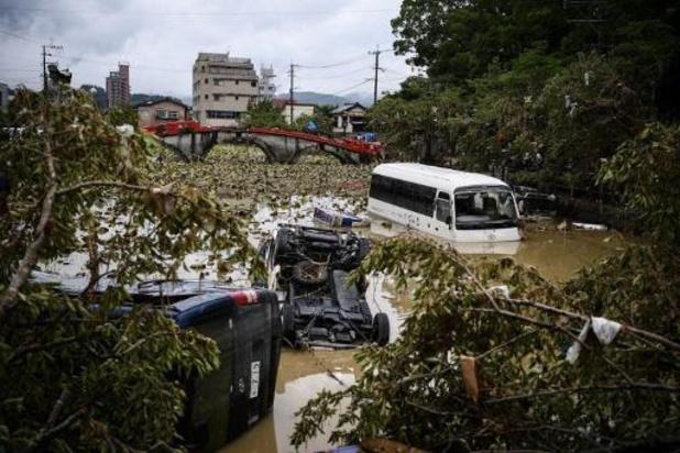 Pluies diluviennes au Japon: des milliers de personnes encore coupées du monde