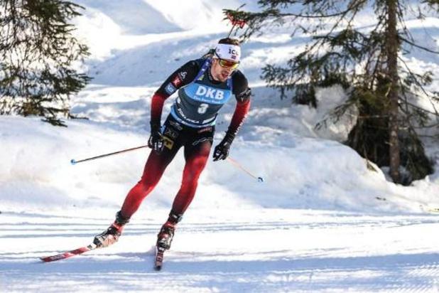 Sturla Holm Laegreid remporte la mass start messieurs, Florent Claude 25e