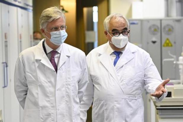 Koning bezoekt labo's bij Janssen Farmaceutica
