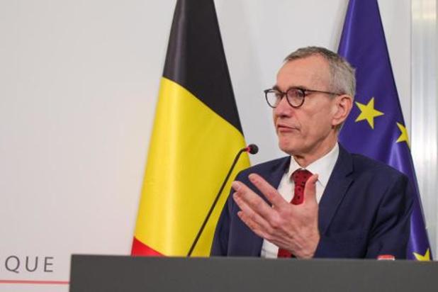 """Vandenbroucke bezorgd om verslapte aandacht voor telewerk: """"We lopen grote risico's"""""""