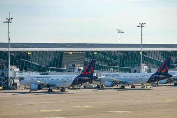 Coronavirus - Burgerluchtvaart zag aantal passagiers in 2020 met 60 procent dalen