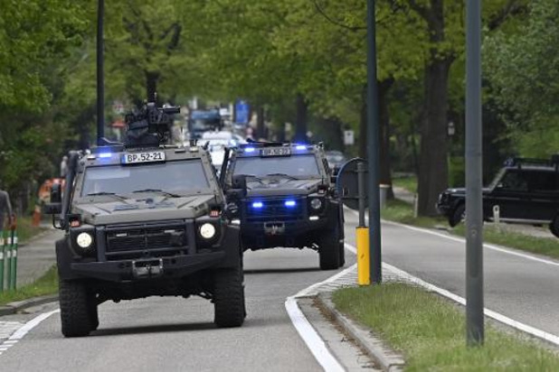Indrukwekkende colonne met speciale eenheden uit Benelux en Duitsland op pad