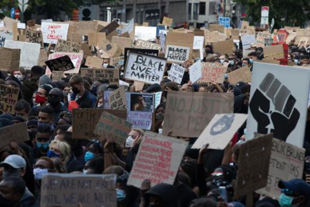 L'interdiction de rassemblement a été rappelée au CNS, assure Wilmès