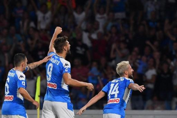 Belgen in het buitenland - Dries Mertens is met twee doelpunten tegen Sampdoria grote uitblinker bij Napoli