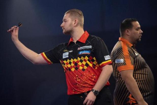 PDC WK darts - Chisnall houdt Van den Bergh uit kwartfinales