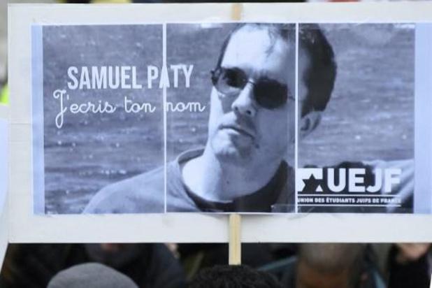 Le professeur Paty désigné à son meurtrier pour de l'argent par des élèves