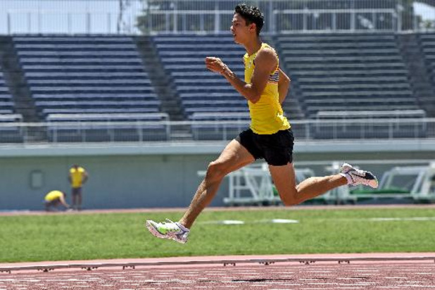 JO 2020 - Jonathan Sacoor avance en demi-finales du 400m