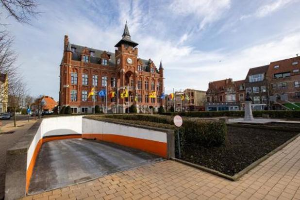 Eerste gemeenteraad zonder burgemeester Lippens in Knokke-Heist