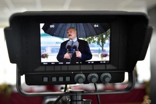 Loekasjenko ontkent naar het buitenland te zijn gegaan
