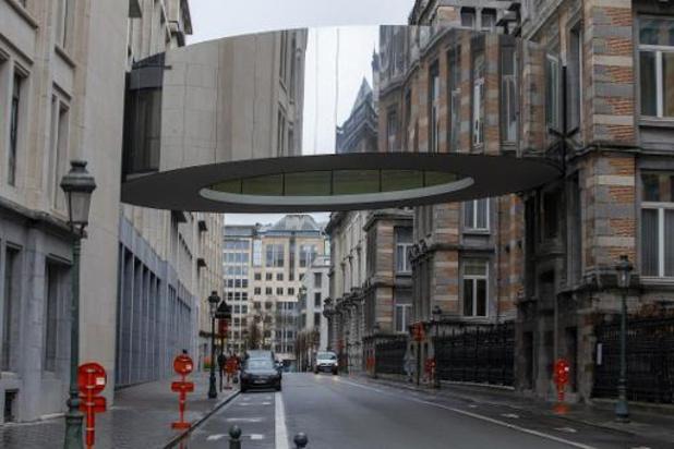 Luchtbrug tussen oud en nieuw Kamergebouw ingehuldigd