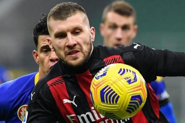 Belgen in het buitenland - Milan kan eerste nederlaag nipt vermijden