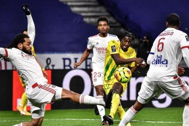 Les Belges à l'étranger - Denayer et Lyon dominent Nantes, et terminent l'année en tête devant Lille et le PSG