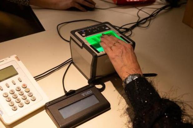 La Cour Constitutionnelle rejette l'objection à l'encontre des empreintes digitales sur l'eID