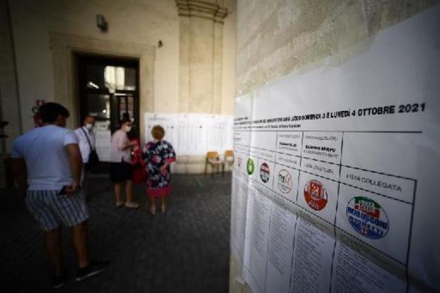 Municipales en Italie: ballottage à Rome, Milan et Naples à gauche
