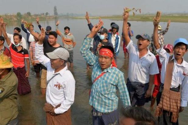 Razzia gericht op demonstranten tegen staatsgreep