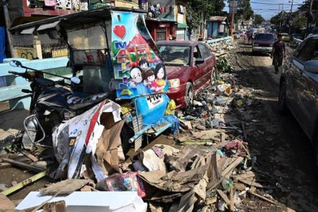 Al 67 doden na doortocht tyfoon Vamco op Filipijnen