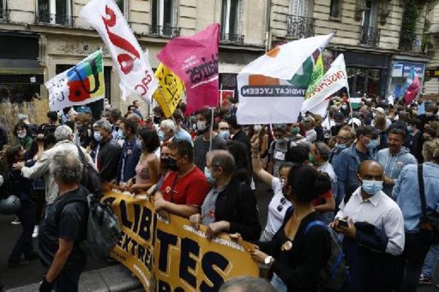 France: la gauche politique, associative et syndicale défile contre l'extrême droite