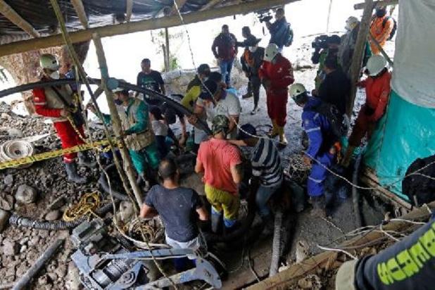 Colombie: les secours extraient les corps de deux des 11 mineurs disparus fin mars