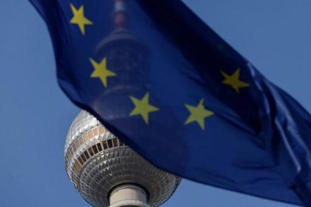 """Een op de drie Europese inwoners hoeft """"niet snel"""" een coronavaccin"""
