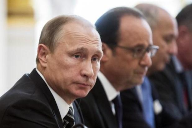 Poutine déclare le mois d'avril chômé avec salaire
