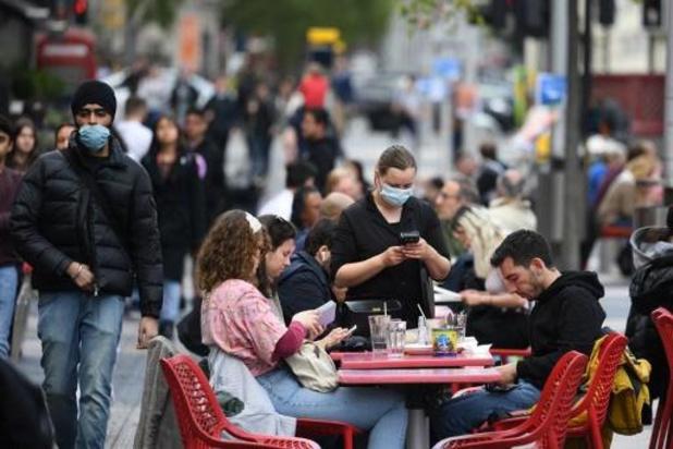 Aantal coronabesmettingen daalt wereldwijd voor derde week op rij