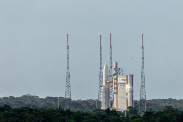 Le lancement d'Ariane 5 reprogrammé à ce lundi soir
