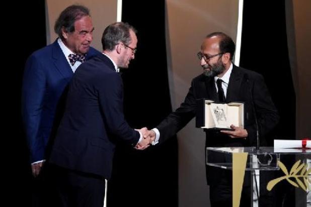 """Festival de Cannes 2021 - Asghar Farhadi reçoit le Grand Prix à Cannes et veut """"éveiller les consciences"""" en Iran"""