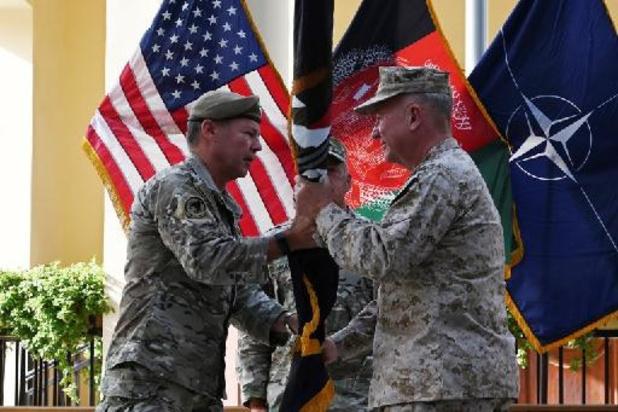 Hoofd van Amerikaanse en NAVO-troepen in Afghanistan draagt bevel over